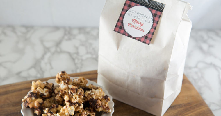 Holiday Popcorn & Printable Tag